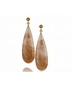 orecchini in oro giallo 18 carati con quarzo rutilato a goccia.